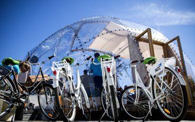 Regeringen är ute och cyklar