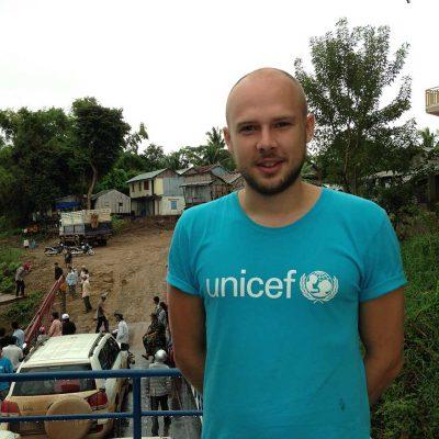 Bild av Axel Wallin i fält. Foto: Unicef