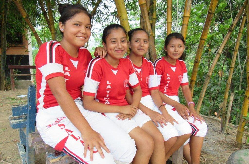 Låt fler flickor få gå i skolan i Guatemala