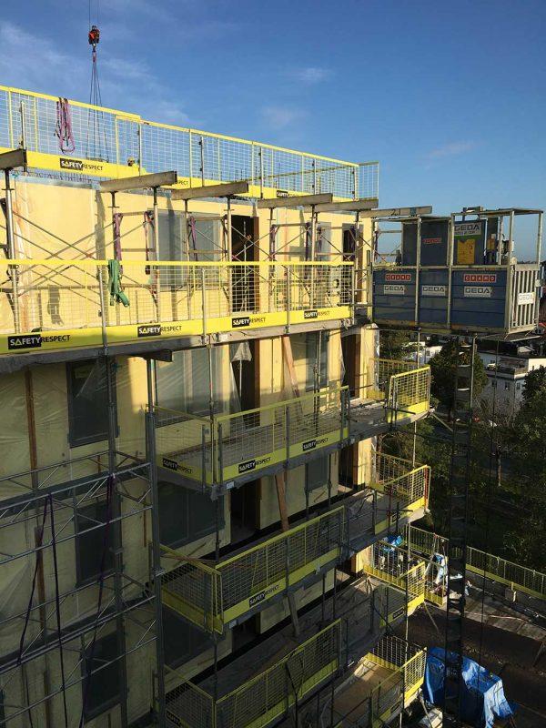Bild på en byggnad under stombyggnadsskede.